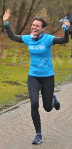 Suuz rent de UNICEF Rift Valley Marathon in en voor Kenia!