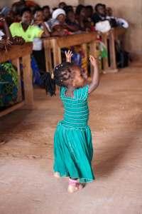 Meillä on juhlat - jaetaan iloa maailman lapsille