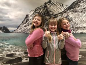 Betina, Julie og Olea feirer sine 9 år!