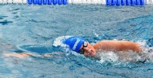 Daan zwemt voor Unicef