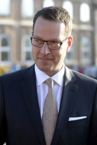 Swedish Ambassador's Farewell Donation