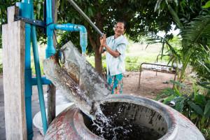 Anna lapselle puhdasta vettä loppuelämäksi