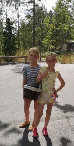 Kajsa och Evelin Djurräddare