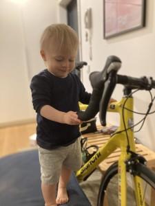 1200km pyöräillen pienten puolesta