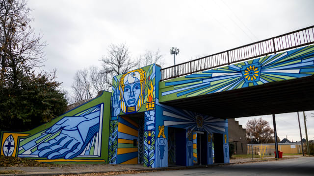 Russell Neighborhood Gateway Mural