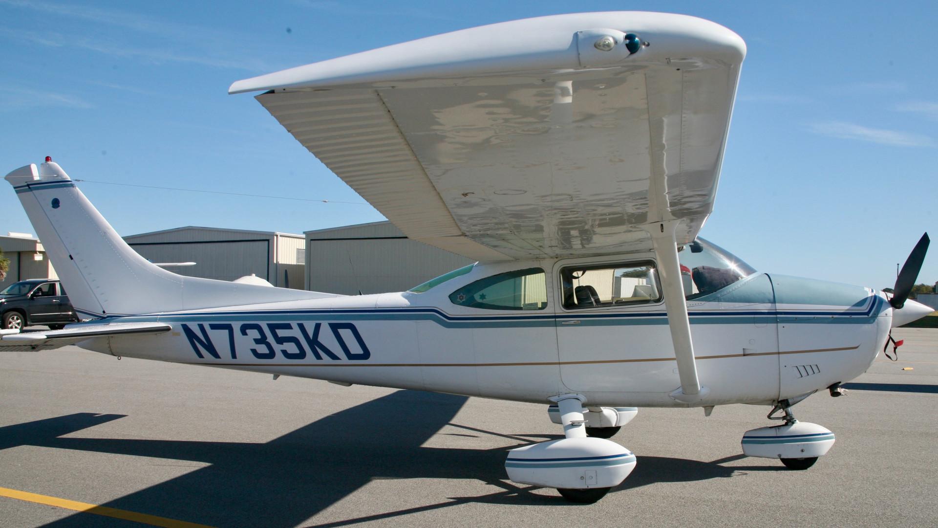 N735KD   Virtual Airplane Broker