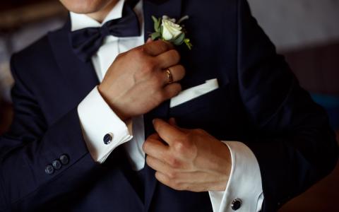 Summer wedding dresses for men