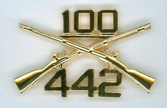 100th Bn, 442nd Inf Reg Crossed Rifle insignia
