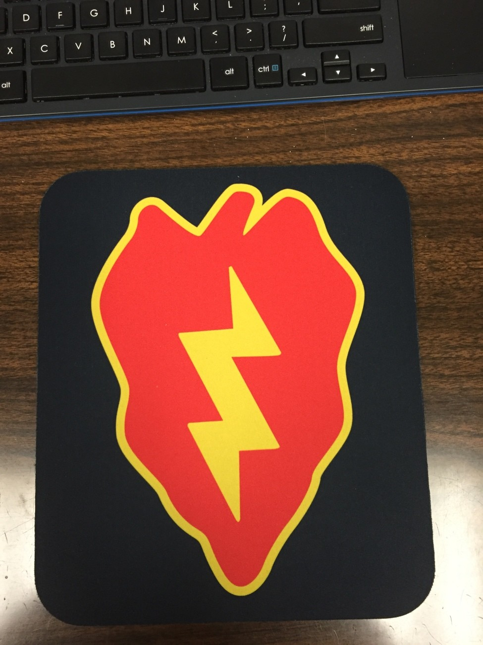 "25th ID ""Tropic Lightning Mouse Pad"