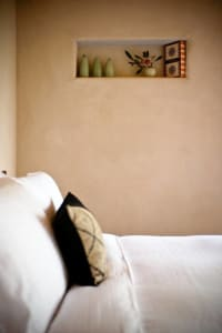 Rumi Bedroom Profile