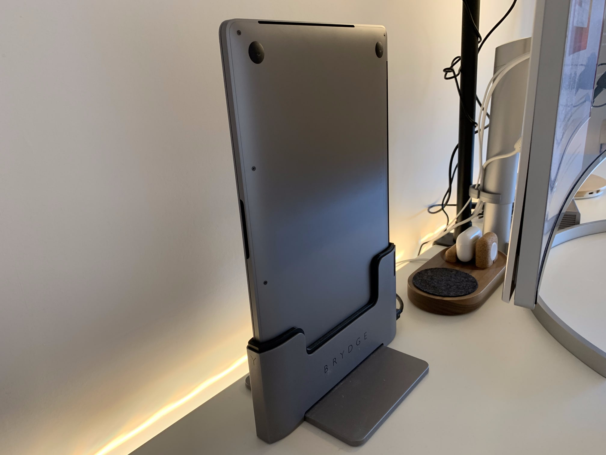 Brydge laptop stand