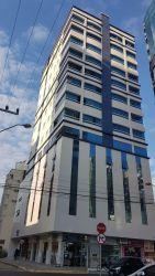 Apartamento Padrão Meia Praia com 148 m2 referência: 133