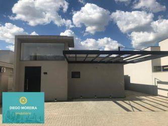 Casa de Condomínio Vila Santista com 300 m2 referência: CS101