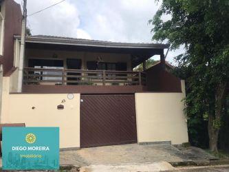 Casa Padrão Terra Preta (Terra Preta) com 240 m2 referência: CS160