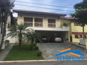 Casa Padrão Alphaville com 300 m2 referência: 907