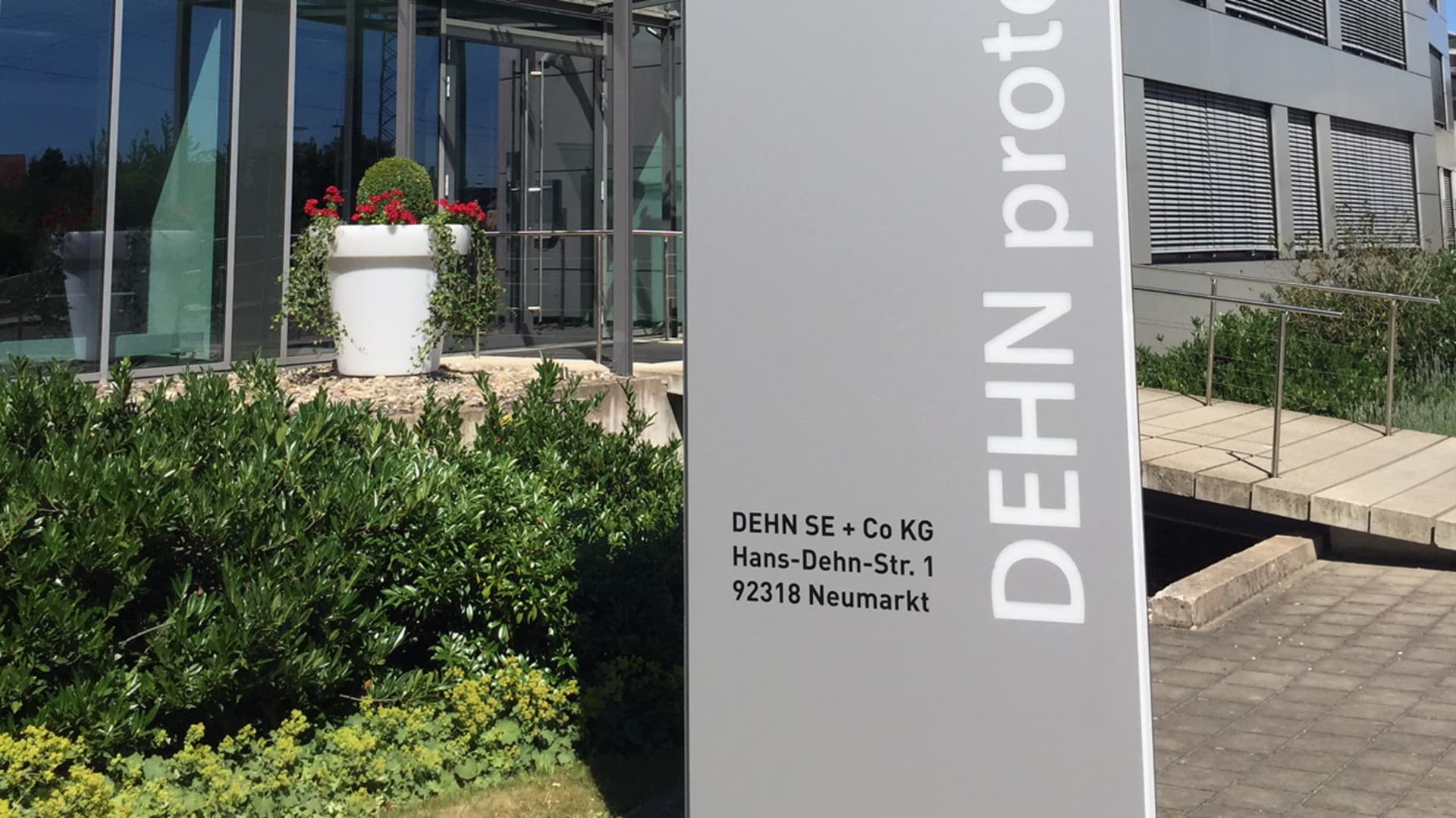 DEHN SE + Co. KG