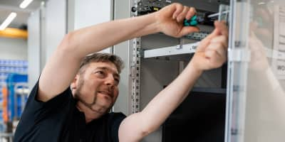 Netzwerktechnik - Alexander Bürkle Panel Solutions