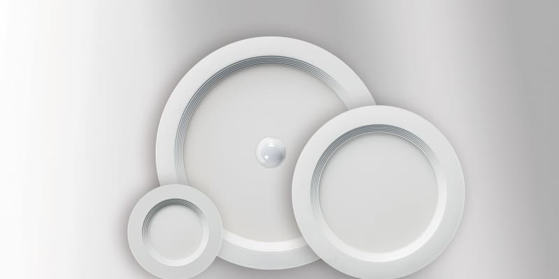 Esylux: Downlights mit integrierter Sensorik