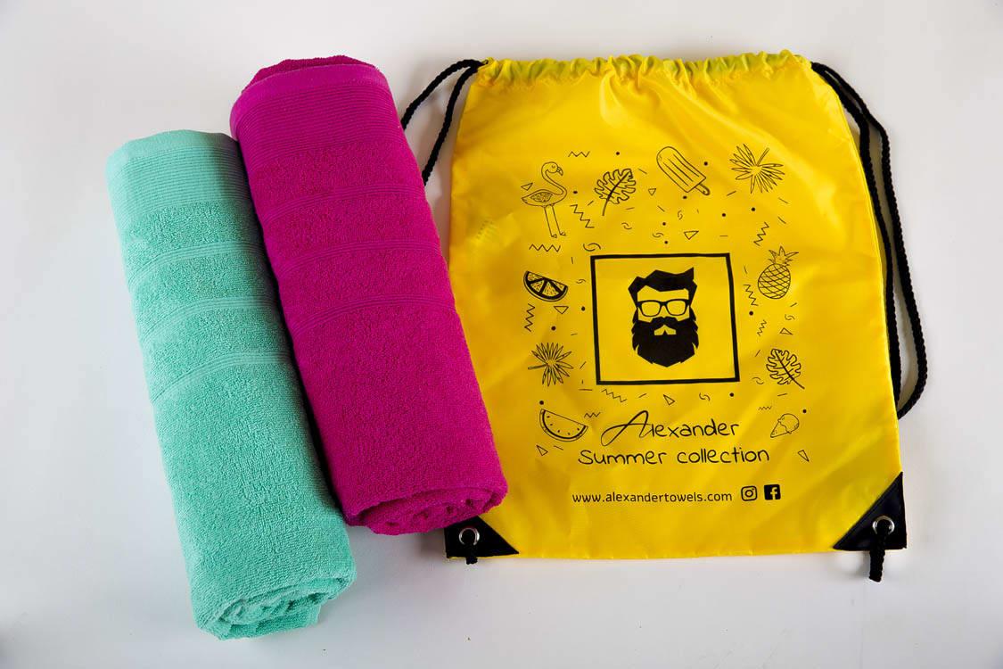 מארז 2 מגבות חוף ובריכה + תיק מתנה!