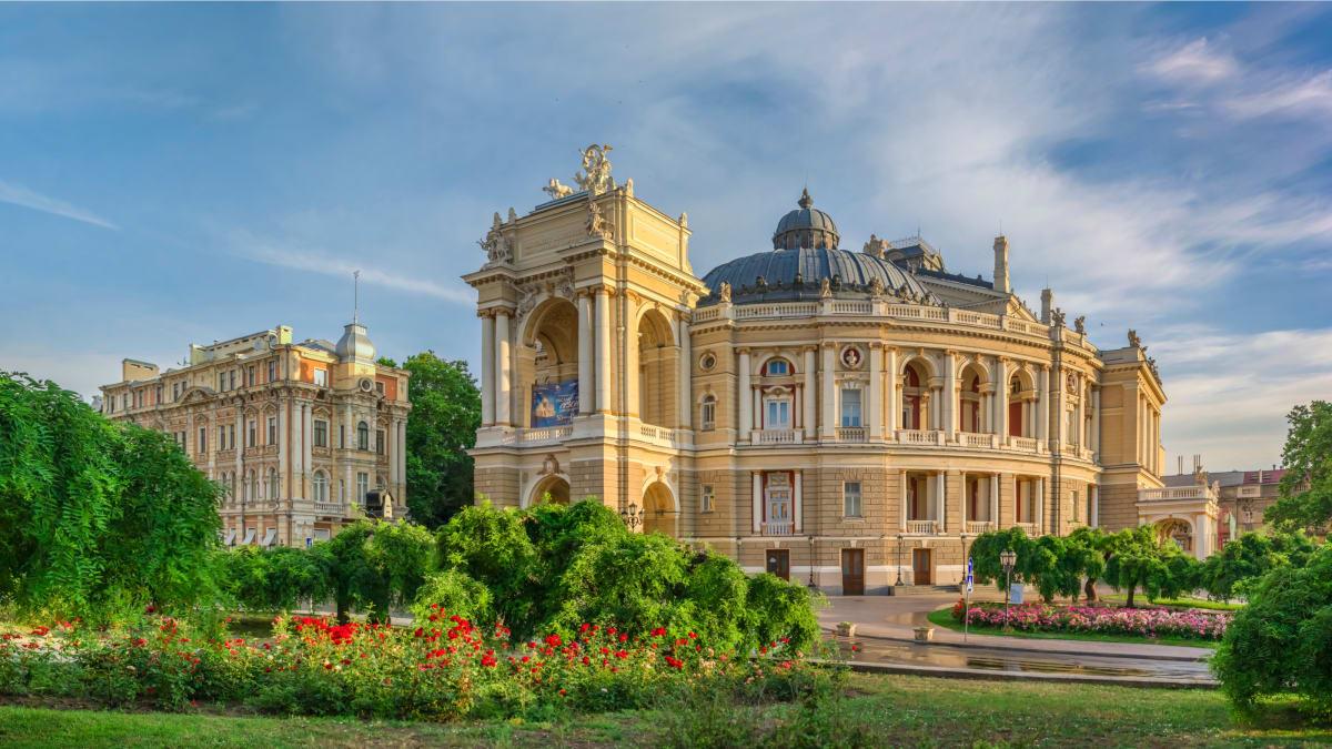 Pakej Percutian ke Odessa Bersama Tripfez