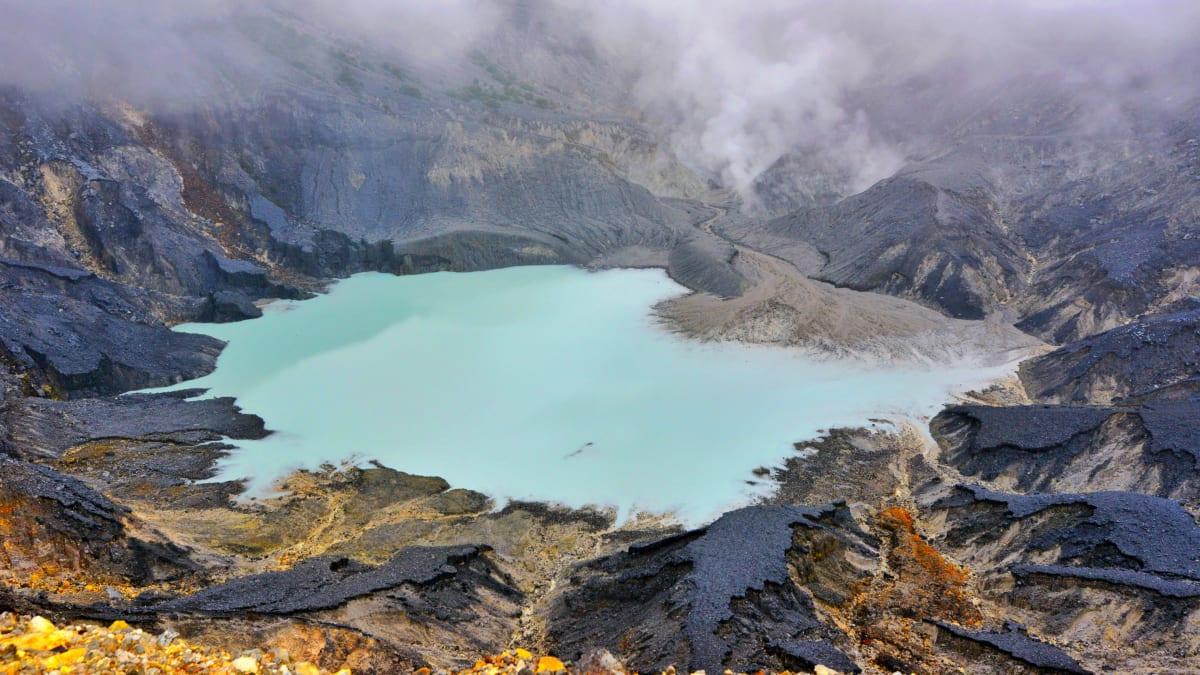 Lawatan Bandung X Jakarta X Tangkuban Perahu & Membeli-belah Bersama Tripfez