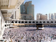 Tripfez TravelUmrah September (Economy): Jeddah → Madinah → Makkah package