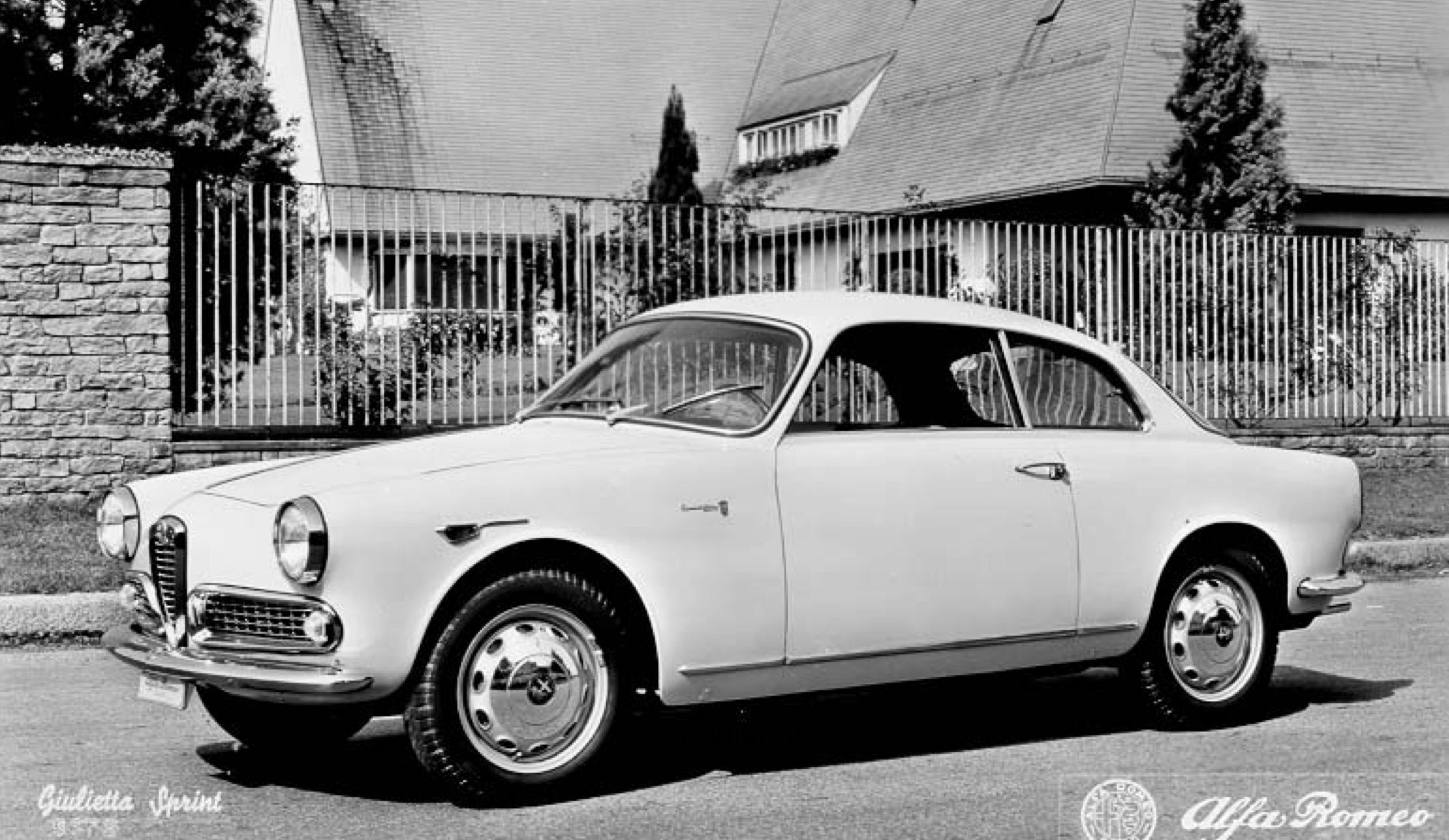 Alfa Romeo Giulietta Sprint Press Photos