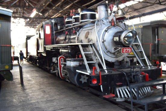 Locomotora 279