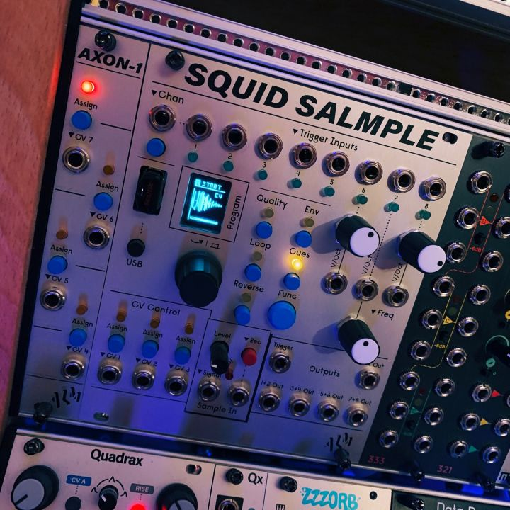 Axon-1 and Squid Salmple side by side and light up in the rack