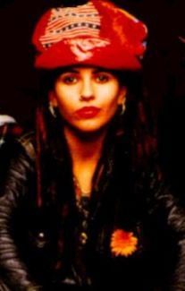 Linda Perry pictures