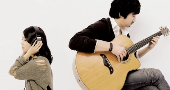 Acoustic Collabo pictures