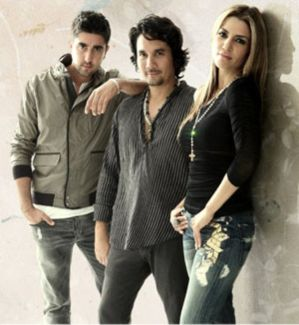 Alex, Jorge Y Lena pictures