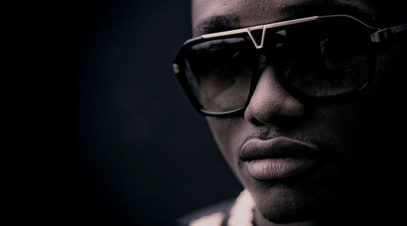Brymo pictures
