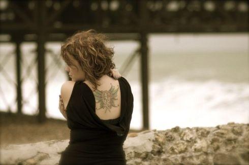 Allison Crowe pictures