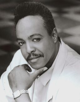 Peabo Bryson pictures