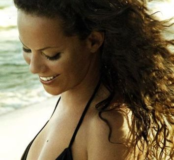 Bebel Gilberto pictures