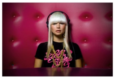 B.Traits pictures
