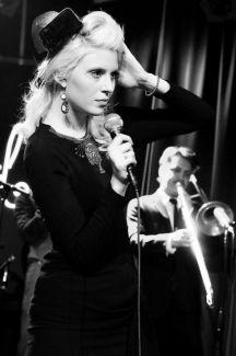 Amanda Jenssen pictures