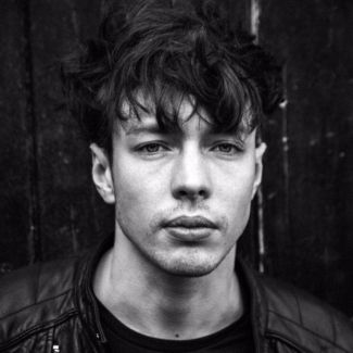 Barns Courtney pictures