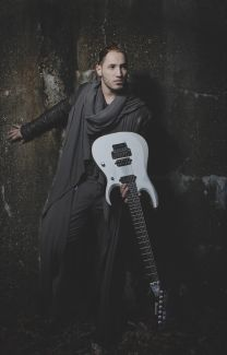 Angel Vivaldi pictures