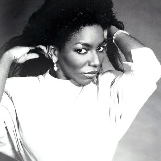 Stephanie Mills pictures