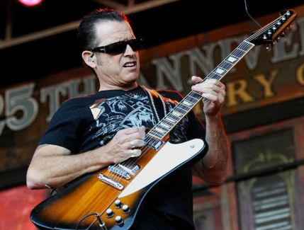 Tommy Castro pictures