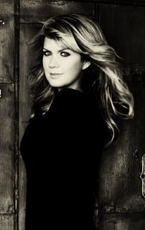 Natalie Grant pictures
