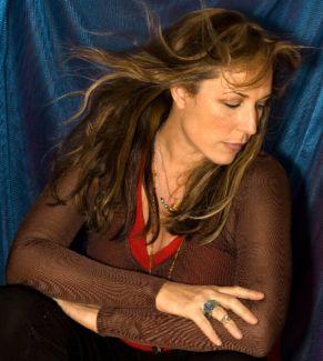 Beth Nielsen Chapman pictures