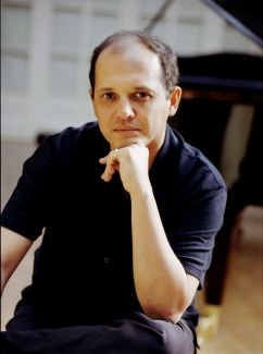 Anouar Brahem pictures