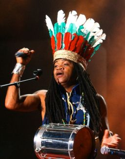 Carlinhos Brown pictures