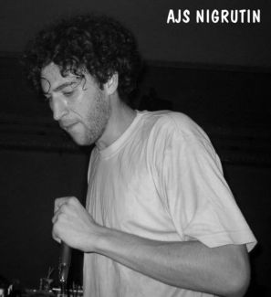 Ajs Nigrutin pictures