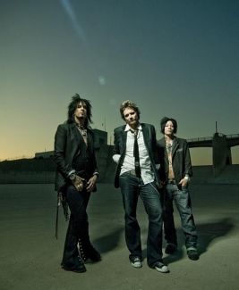 Sixx:A.M. pictures