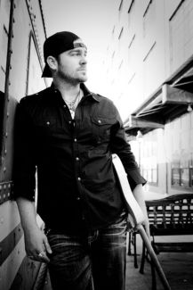 Lee Brice pictures