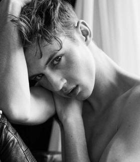 Troye Sivan pictures